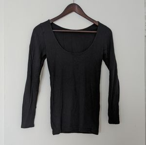 CLUB MONACO low cut back thin sweater sz sm